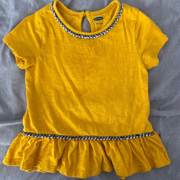 Toddler girls ruffle shirt